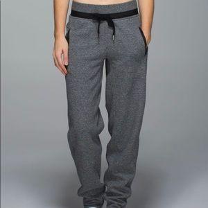 Lululemon size 6 Karmacollected Pants